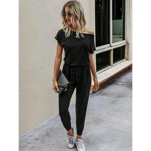 🆕️ Short Sleeve off the Shoulder Black Jumpsuit